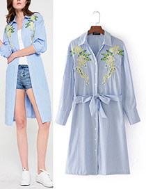 Fashion Blue+white Embroidery Flower Decorated Long Blouse
