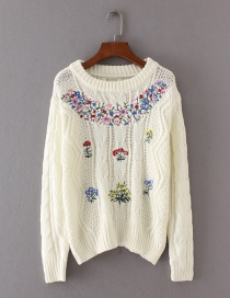 Fashion White Flower Pattern Decorated Long Sleeve Sweater