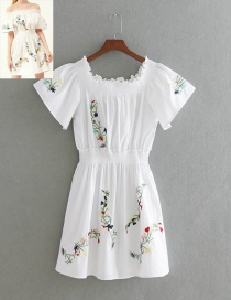 Elegant White Embroidery Flower Shape Decorated Dress