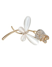 Elegant White Butterfly Shape Decorated Brooch