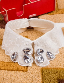 Fashion White Water Drop Shape Decorated Fake Collar