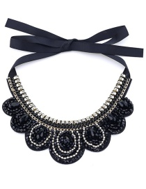 Vintage Black Diamond Decorated Crown Shape Necklace