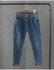 Fashion Blue Lip Pattern Decorated Simple Jeans