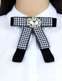 Elegant Black Grid Decorated Bowknot Brooch