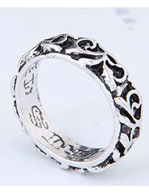 Vintage Silver Color Flower Pattern Decorated Ring