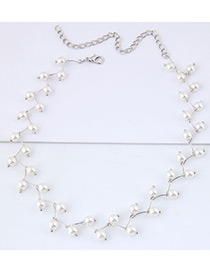 Simple White Pearl Decorated Necklace
