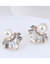 Elegant White Geometric Shape Diamond Decorated Earrings