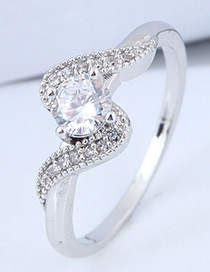 Elegant Silver Color Diamond Decorated Ring