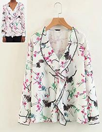 Fashion White Flower Shape Decorated Blouse