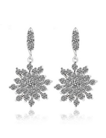 Fashion Silver Color Snowflake Shape Decorated Earrings