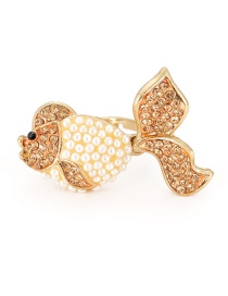 Fashion Champagne Goldfish Shape Design Ring