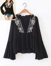 Fashion Black Flower Pattern Decorated Shirt