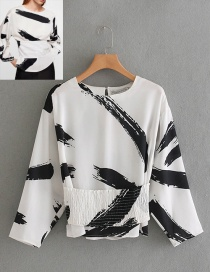 Fashion White+black Feather Pattern Decorated Simple Blouse