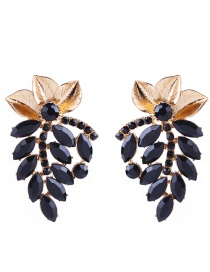 Elegant Black Leaf Decorated Hollow Out Earrings
