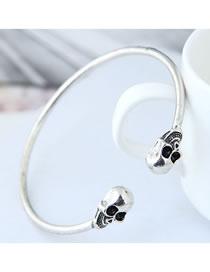 Fashion Silver Color Skull Shape Decorated Bracelet