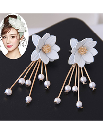 Fashion White Flower Tassel Earrings