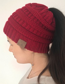 Fashion Red Label Decoratedpure Color Knitted Hat