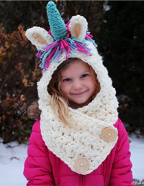 Lovely White Unicorn Shape Design Child Knitted Hat
