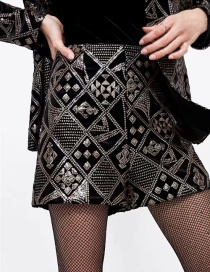 Fashion Black Sequins Decorated Pure Color Shorts