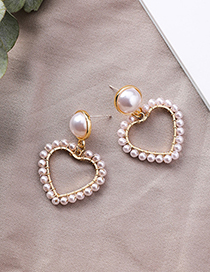Sweet Gold Color Heart Shape Design Full Pearls Earrings