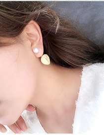 Fashion Gold Pearl Love Portrait Earrings