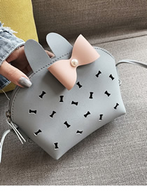 Fashion Bow Blue Hollow Shoulder Diagonal Package