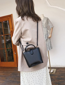Fashion Black Buckle Shoulder Bag Shoulder Bag