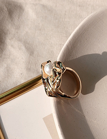 Fashion Gold Pleated Pearl Flower Ring