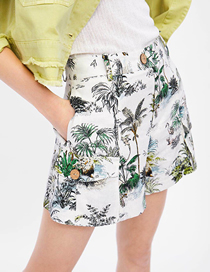 Fashion White Plant Printed Shorts