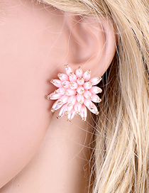 Fashion Pink Beaded Three-dimensional Flower Pearl Stud Earrings