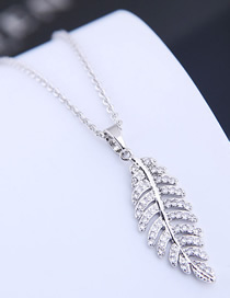 Fashion Silver Copper Micro Inlaid Zircon Leaf Necklace