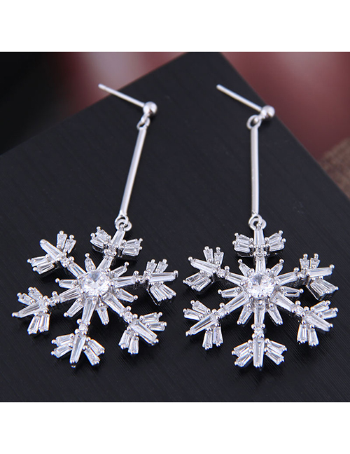 Fashion Silver Copper Micro-inlaid Zircon Snowflake Exaggerated Earrings