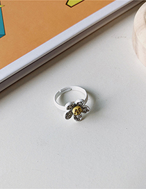 Fashion White Flower Ring