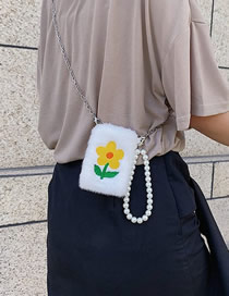 Fashion Yellow Embroidered Flower Pearl Mobile Phone Bag