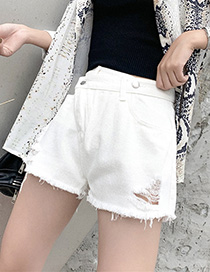 Fashion White Diagonal Buckle Denim Shorts