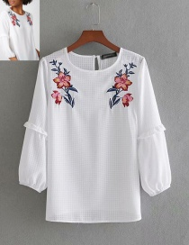 Fashion White Plaid Embroidered Round Neck Pullover Shirt
