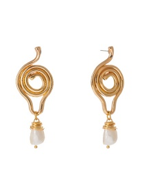 Fashion Gold Irregular Shape Natural Freshwater Pearl Earrings