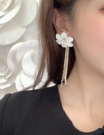 Fashion Gold Flower Fringed Stud Earrings