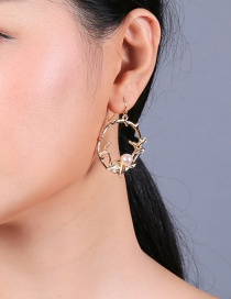 Fashion Gold Electroplated Leaves Geometric Circle Pearl Earrings