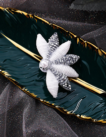Fashion Left Side Pearl-studded Leaf-shaped Hair Clip