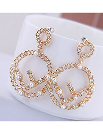 Fashion Golden Earrings With Diamonds And Pearls