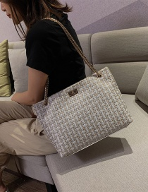 Fashion White Woolet Chain Shoulder Bag