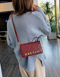 Red Wine Lingge Single Shoulder Messenger Bag