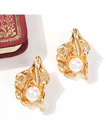 Fashion Gold Alloy Pearl Geometric Shell Stud Earrings