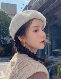 Fashion Short-haired Striped White Short-haired Beret