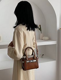 Brown Contrast Wings: One Shoulder: Shoulder Bag