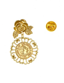 Fashion Gold Openwork Pattern Embossed Queen Coin Brooch