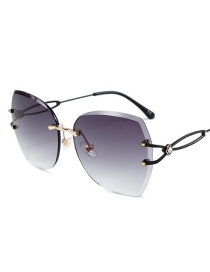 Fashion Black Frame Double Gray Cut-to-edge Large Frame Hollow Diamond-encrusted Temple Sunglasses