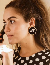 Fashion Black Eye Earrings
