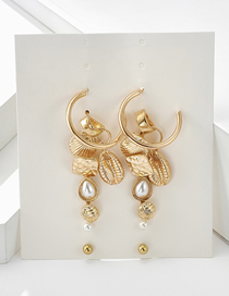 Fashion Gold Pearl Shell Earrings
